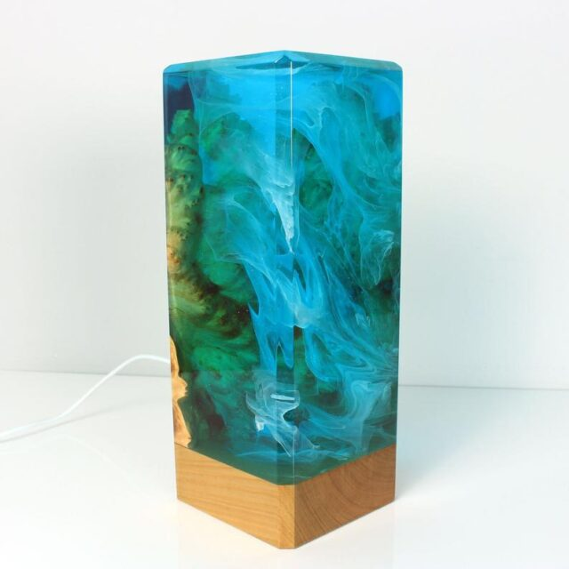elegant resin table lamp