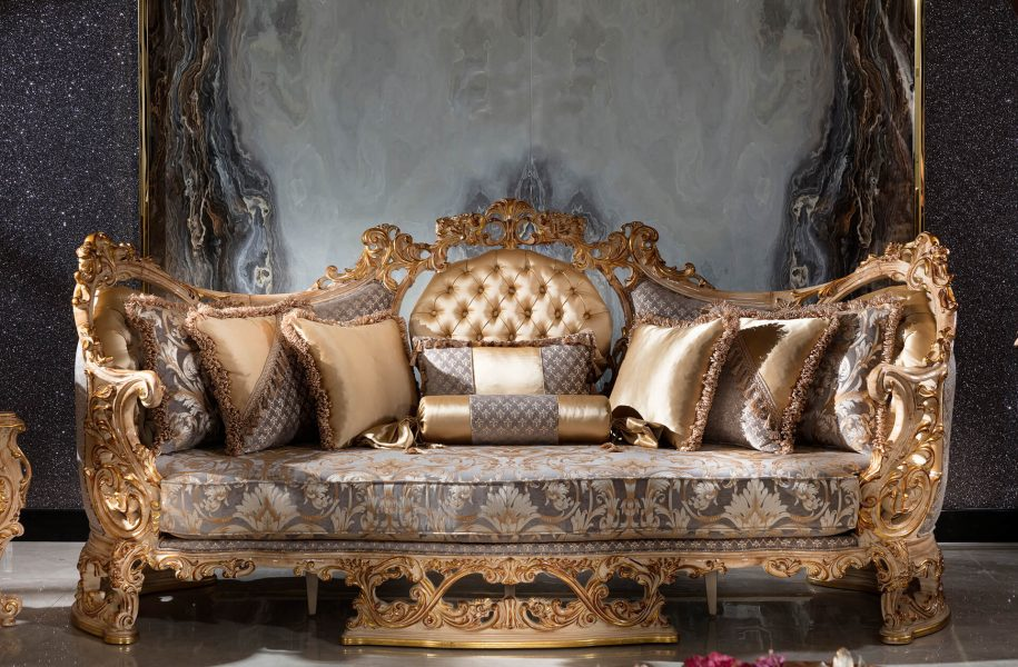 Sumptuous Classical Drawing Room